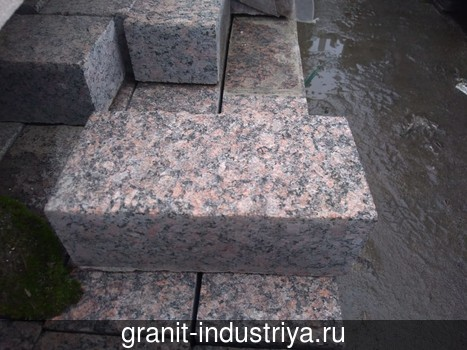 Брусчатка из Дымовского гранита